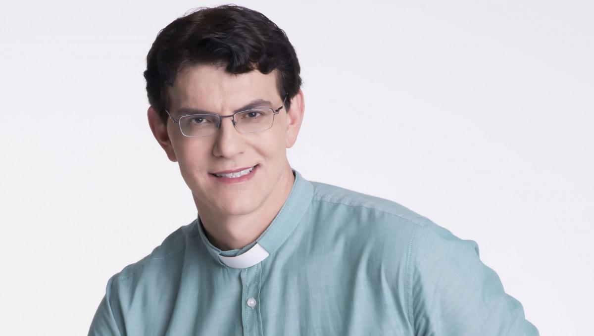 Resultado de imagem para padre manzotti em macaíba