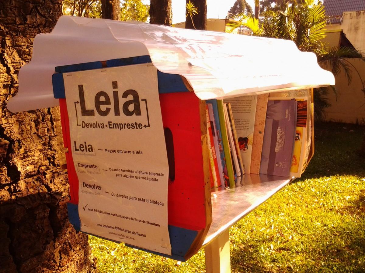 emprestar-livros-em-curitiba-parque-gomm