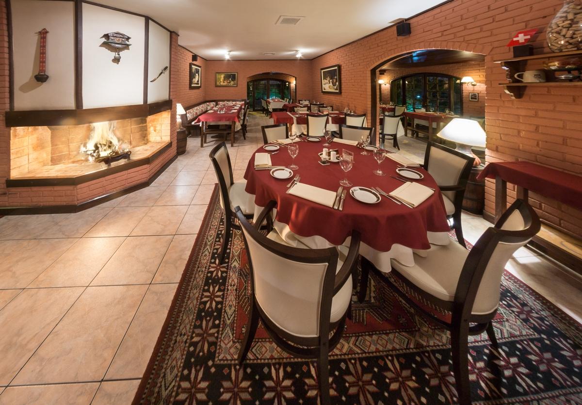 Chalet-Suisse-restaurantes-romanticos-curitiba
