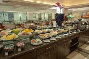 Buffet café da manhã Four Points By Sheraton Curitiba